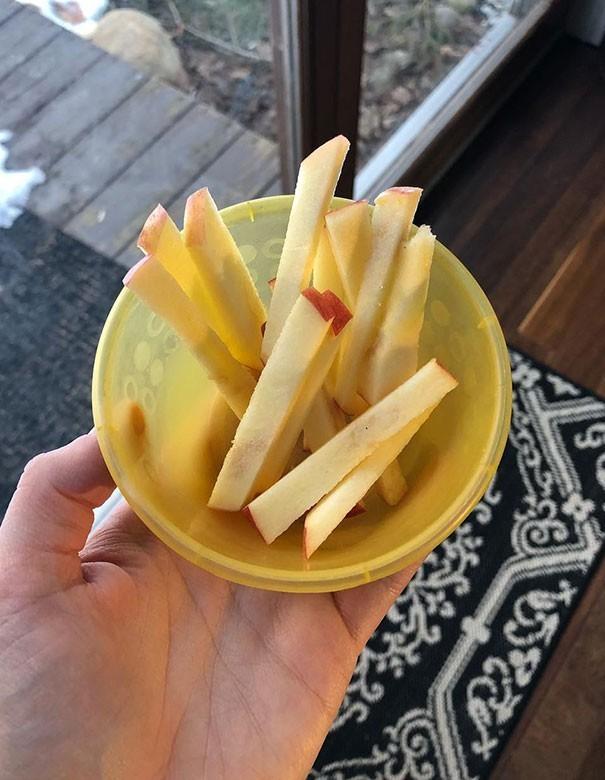 15. Jabłkowe frytki