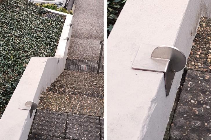 """3. """"Czym są te metalowe krążki na schodach? Uderzуłаm się o jedno z nich!"""""""