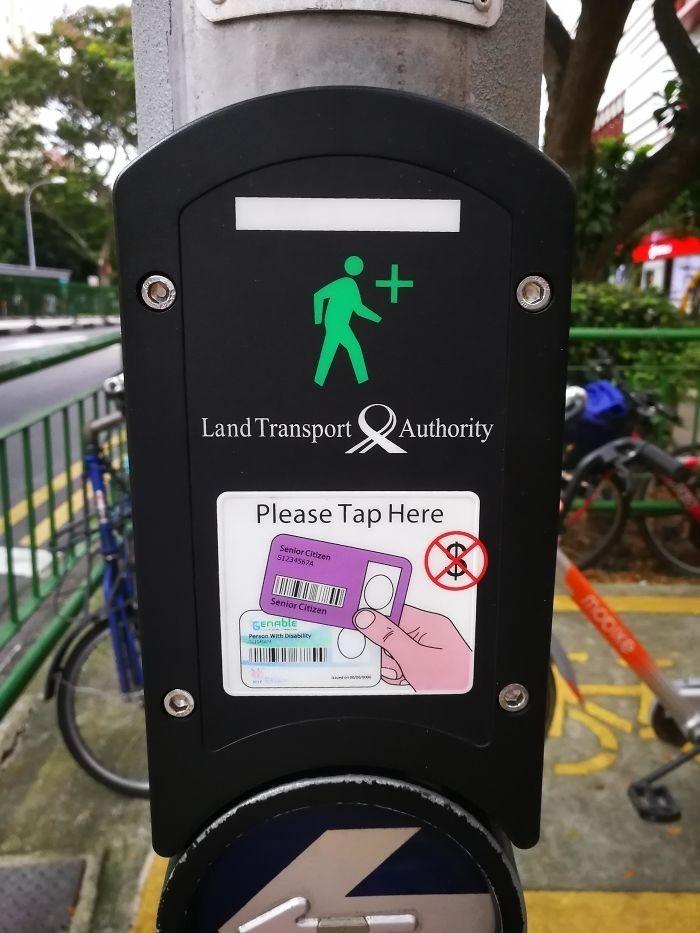 4. W Singapurze starsze osoby mogą otrzymаć więсej czasu na przejśсiu dla pieszych, po przуłоżеniu karty