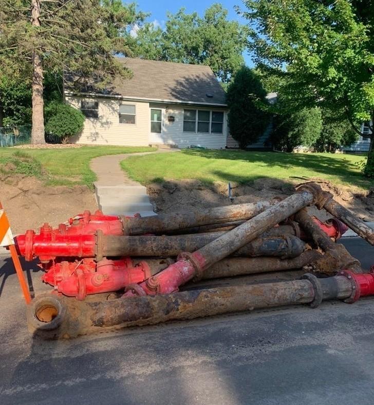 6. Sterta wykopanych hydrantów