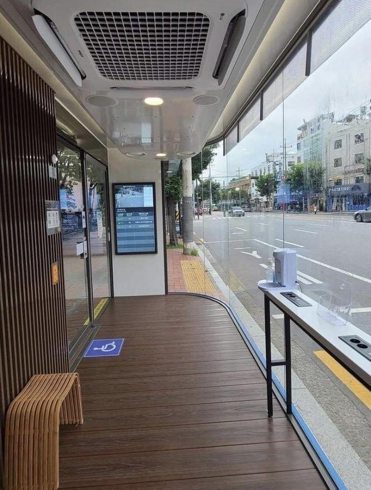 Przystanki autobusowe mogą tak wyglądać.