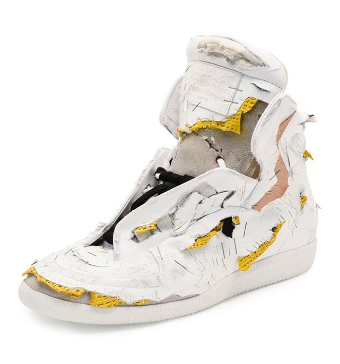 Fabrycznie zniszczone buty z kolekcji Maison Margiela za jedyne $1425